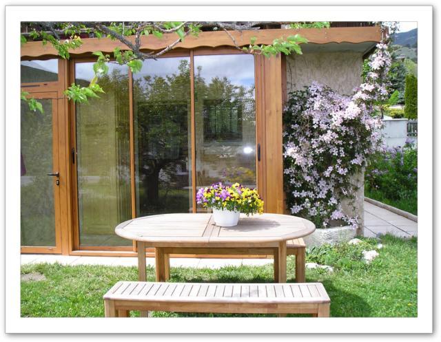 v randa et salon de jardin. Black Bedroom Furniture Sets. Home Design Ideas
